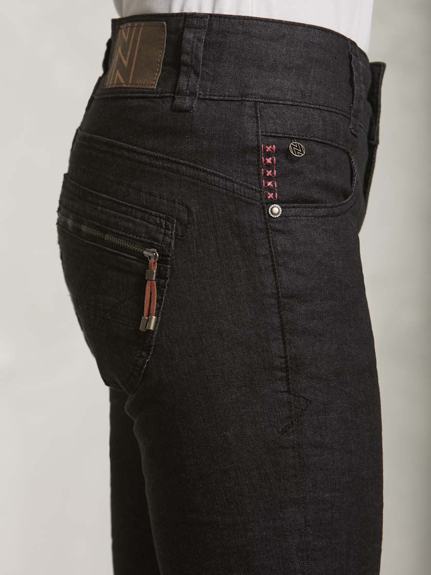 Nile f16653 03 black%20denim